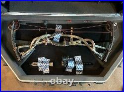 Hoyt Carbon Element Left Hand Bow 40-50lb with a 27 Draw includes a SKB case
